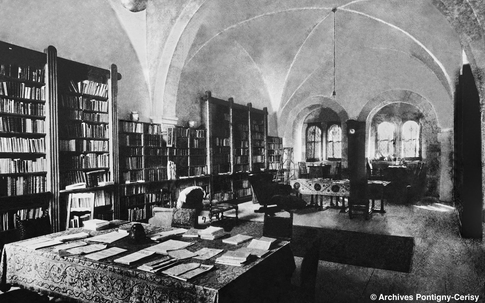 La bibliothèque de Pontigny